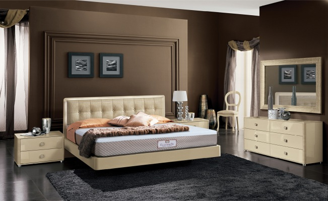 ELLESMERE ON LUXURY BEDROOM