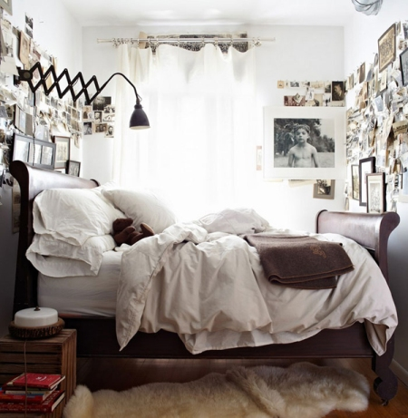 Traditional Bed Set Up for Small Bedrooms