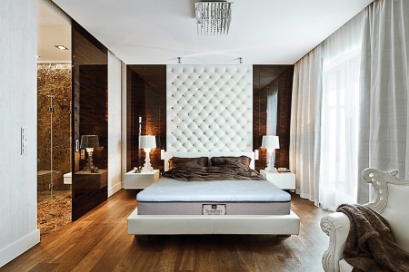 SOMERSET ON LUXURY BEDROOM