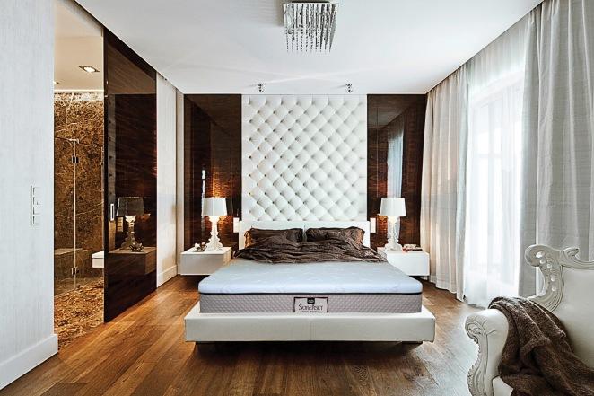 SOMERSET ON LUXURY BEDROOM