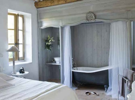 salem beds ensuite bath