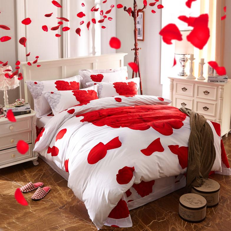 Bed of Roses - Romantic Room Decorations .