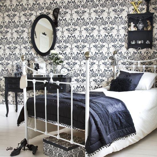 bold wallpaper
