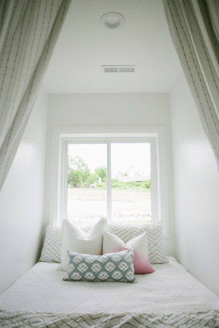 small space bedroom