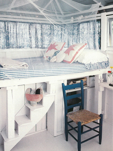 54eb910fad588_-_country-living-child-bed-lgn