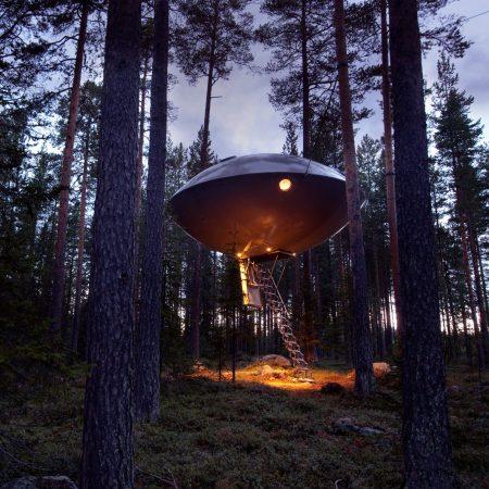 treehouse hotel ufo